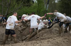 Team Spread on Mud Mile